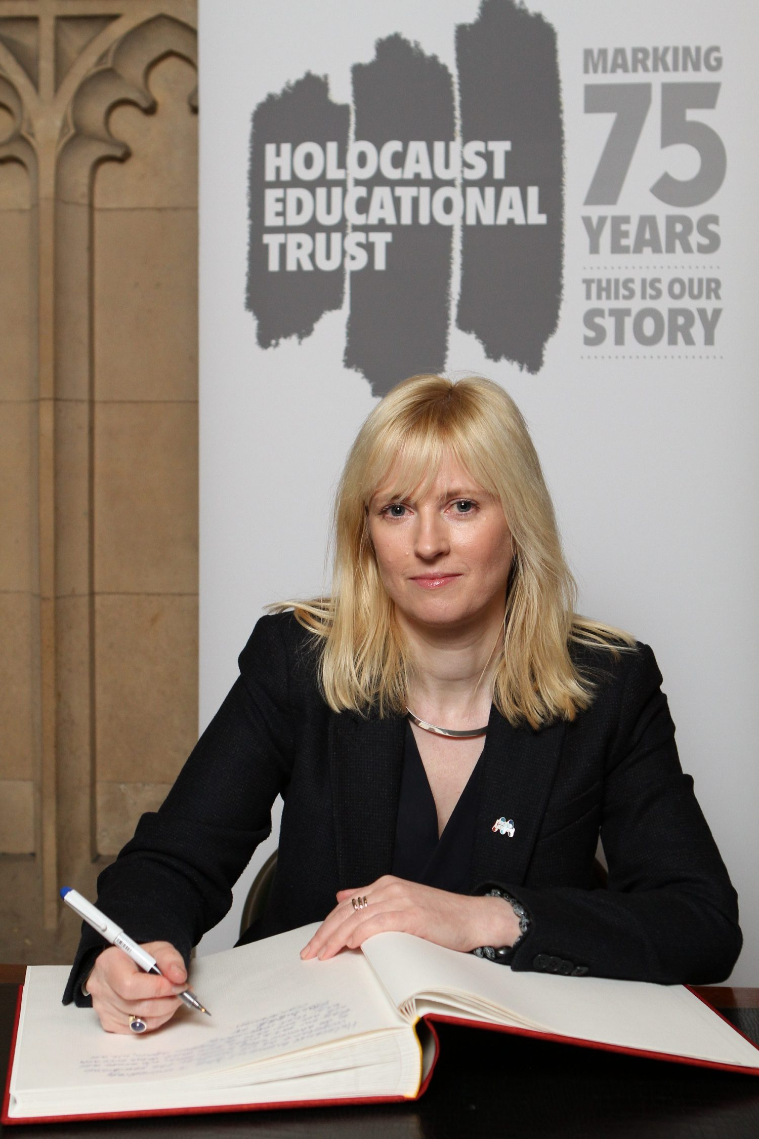 PRESS RELEASE: Rosie signs Holocaust Educational Trust Book of Commitment